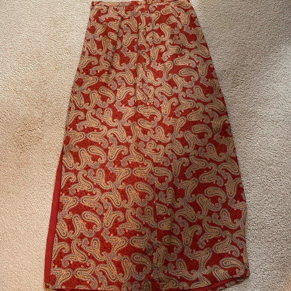 Harold's Dresses & Skirts - Red and gold skirt